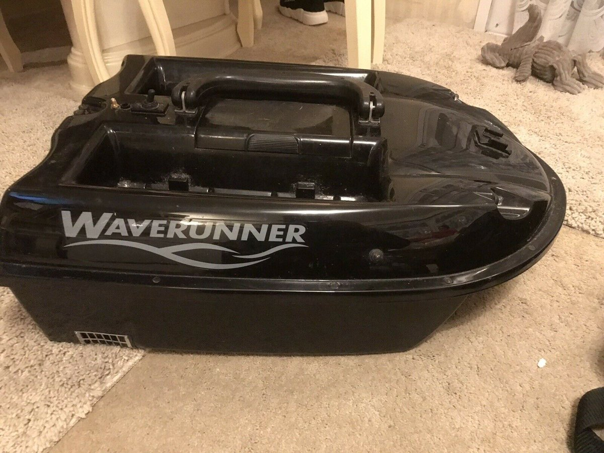 Ad - Waverunner MK4 Bait Boat  On eBay here -->> https://t.co/cSZCqPsYXc  #carpfishing #fishin