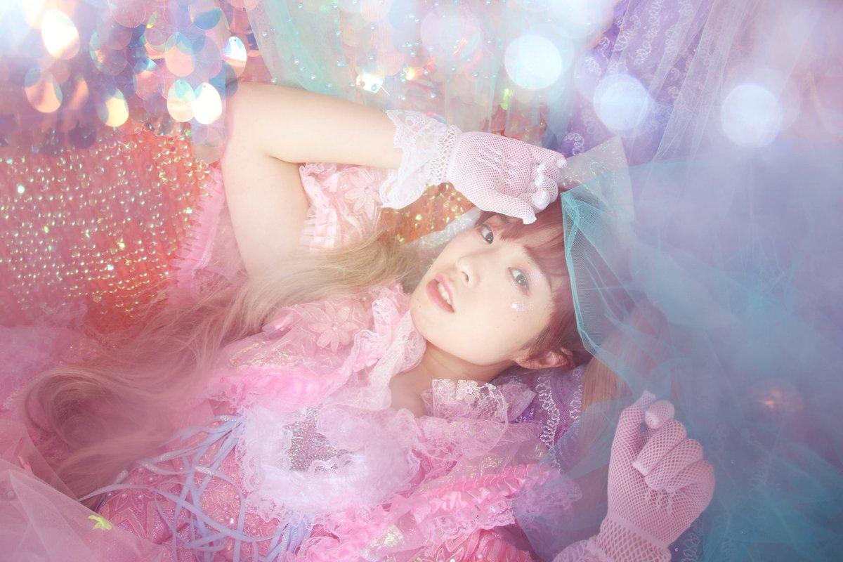 ついに明日🥳❤️ MIYANISHIYAMA PHOTO BOOK発売イベント🎁秋葉原ゲーマーズさんでの降幡愛さんとのトークイベント❤️ 楽しみじゃ🥳🥳🥳🥳🥳🥳 #MIYANISHIYAMA #降幡愛