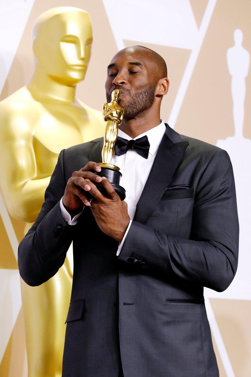 The night Kobe won an #Oscar in 2018.   #MambaForever 🏆🕊