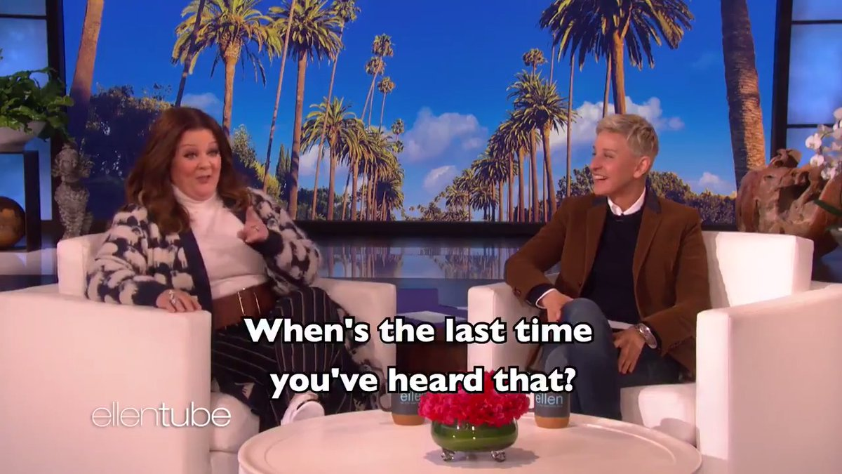 .@MelissaMcCarthy had over 30 cats growing up. You heard me. https://t.co/D2CIQZJmx7