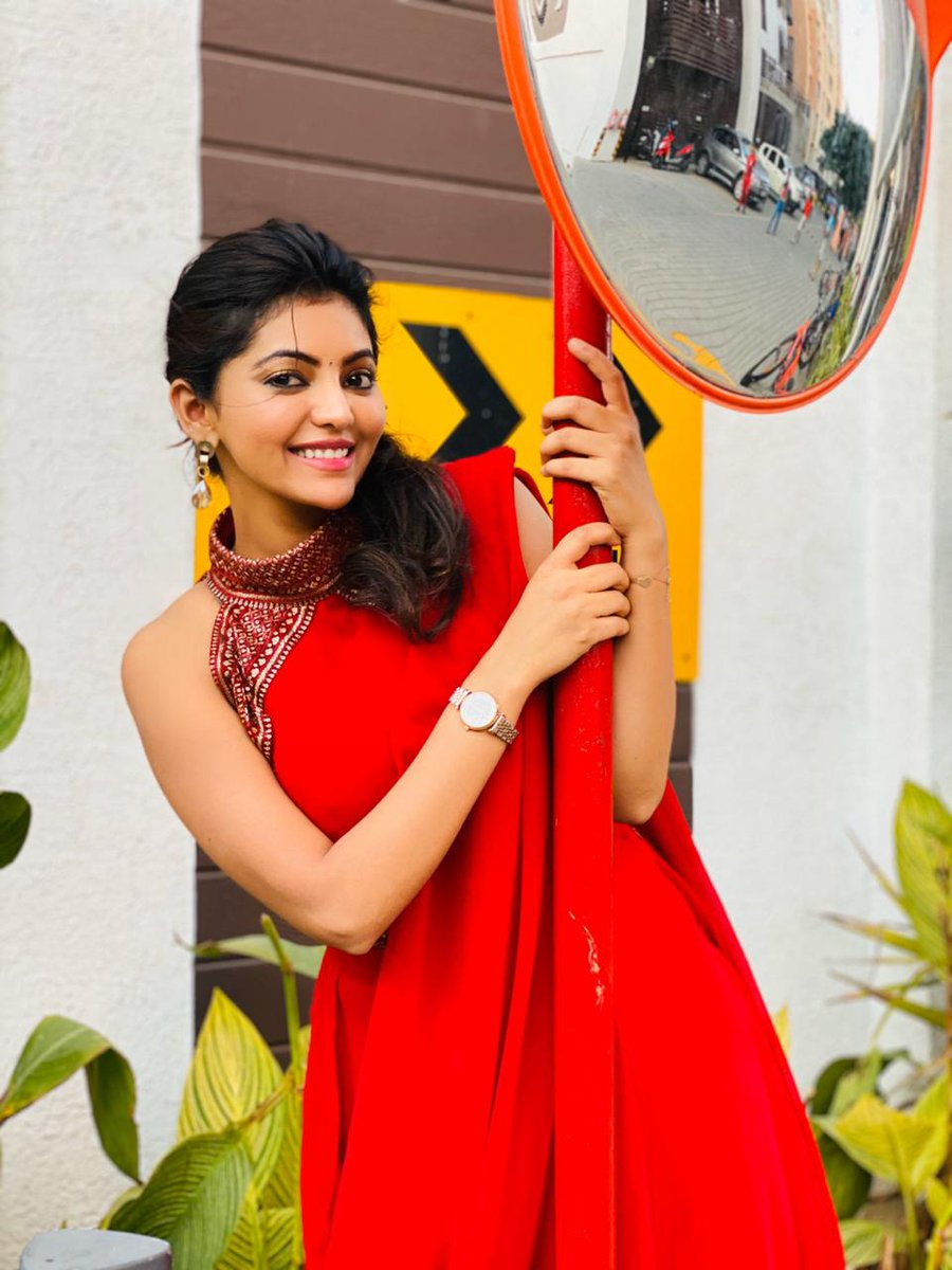 Cute & Charming  #AthulyaRavi   @AthulyaOfficial