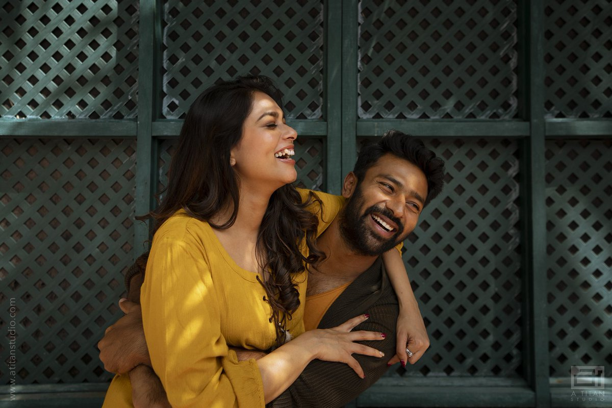 Happy bday Sunshine 💛 @KikiVijay  You make me feel stronger everyday .. I really hope god blesses u with the happiest life , beside me 😉😉yes I'm being selfish as I want u only for myself💛