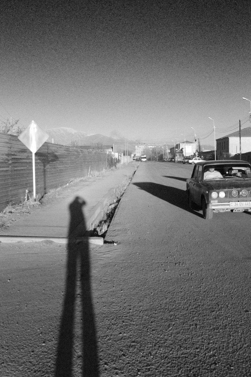 Arménie et toujours ses Lada - novembre 2019 #armenia #vardenis  #lakesevan  #blackandwhite  #blackandwhitephoto  #PENTAX  #PictureOfTheDay  #travel  #travelphotography  #travelphoto  #lada  #sunsetphotography  #sunset #winter #coldcolor  #TripTeaser  #AdventureTime