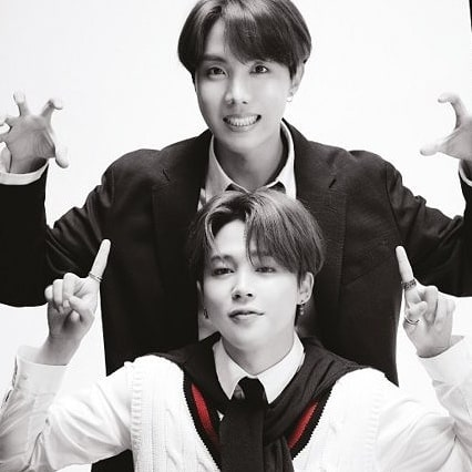 Namkook and jihope is not a sub unit but rather a hint   {THREAD}  Jimin & j hope are seen in a 'hospital' Namkook is seen in Fake Love MV with mirror  #MAP_OF_THE_SOUL_7  #jimin #RM  #MapOfTheSoul7  #bts #jhope #jungkook #jin #v #ForthLookAt7 #suga