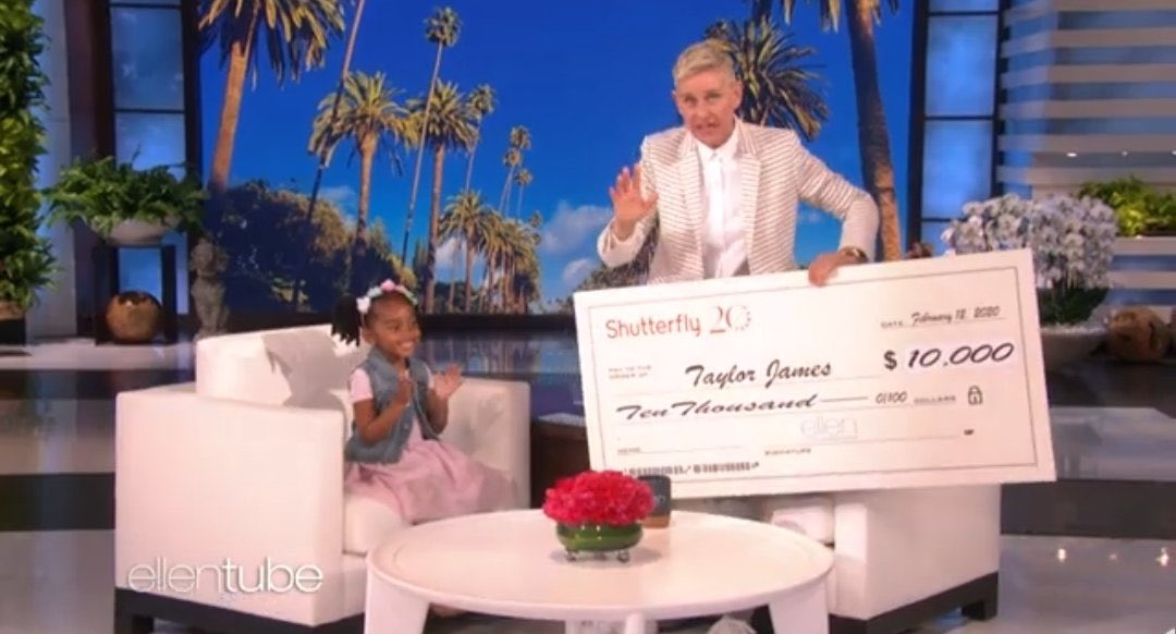 Ellen gave the perfect attendance pencil baby girl $10,000 and a giant pencil that Lizzy can't take! ♥️