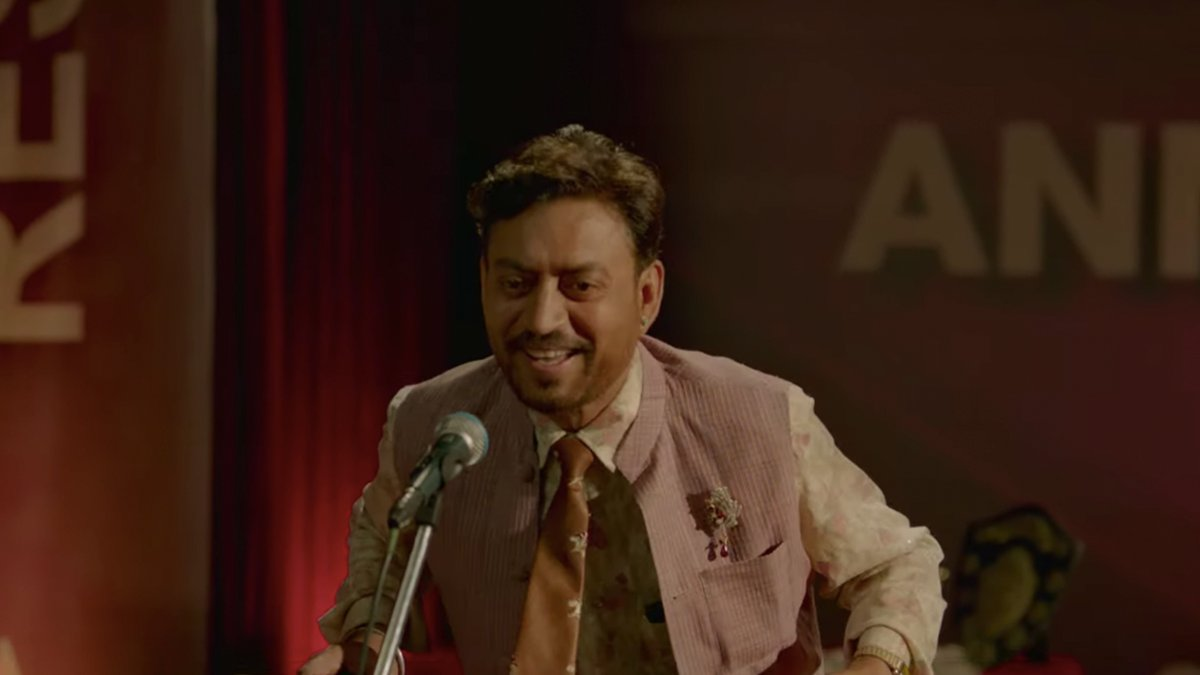 Your reaction to the #AngreziMedium trailer in emoji: A prediction  0:33 - 😂 1:32 - 😍 2:03 - 😥 2:18 - 🥺