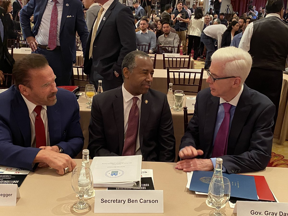 "Pleased to join the @GovArnoldUSC & @USCPriceCSI summit on #homelessness, ""Unhoused: Addressing Homelessness in California."" Live webstream @    @Schwarzenegger @GaryDeanPainter @SecretaryCarson @GovernorDavis #EndHomelessness"