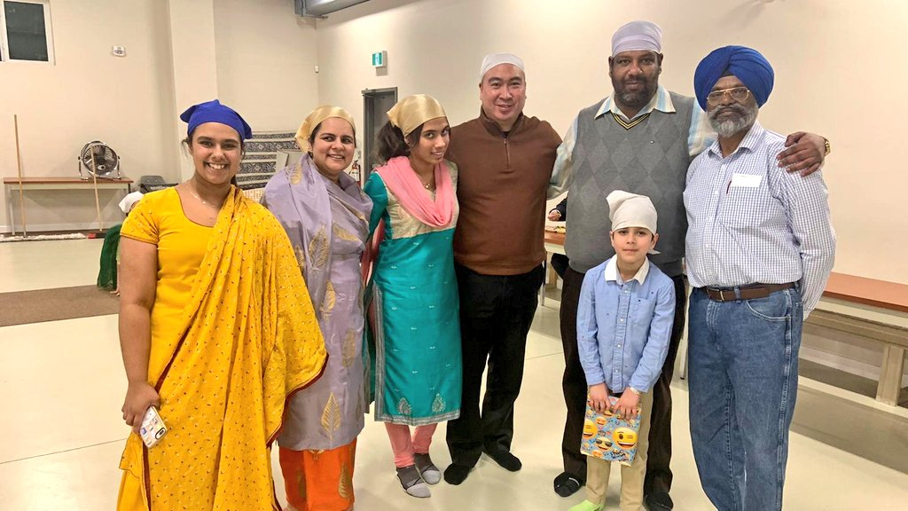 """test Twitter Media - Joined Waverley constituents Amandeep & Mandeep Deol with their family this evening for the occasion of Sukhmani Sahib Path - """"Prayer of Peace and joy of mind"""" celebrating the 7th birthday of their son Ekambir. Thank you again for the invitation and Happy Birthday Ekambir! https://t.co/1YZIhtimqP"""