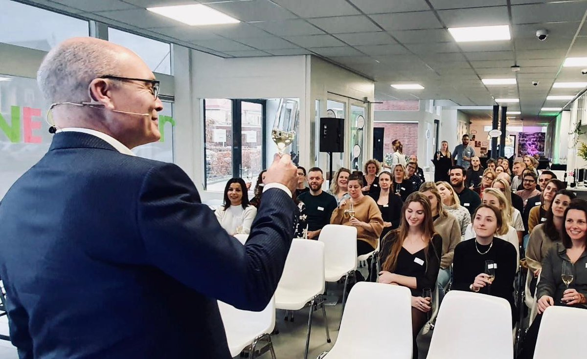 test Twitter Media - Cheers to 2020! ✨ Yesterday, our New Year's meeting took place, together with all colleagues from @Contentbureaunl @ProgressNL @ProgressBE @Eventive_Events and @sjansendesign. We looked back on 2019 and kicked off 2020 with some great vibes! 🥂🍾 https://t.co/kt1OajDied