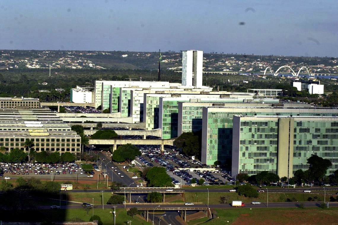 Governo Central (Tesouro Nacional, Previdência Social e Banco Central) tem superávit recorde de R$ 44,12 bi em janeiro, informa @MinEconomia. A receita líquida chegou a R$ 151,691 bilhões, indica o  @TesouroNacional ➡️  📷Agência Brasil