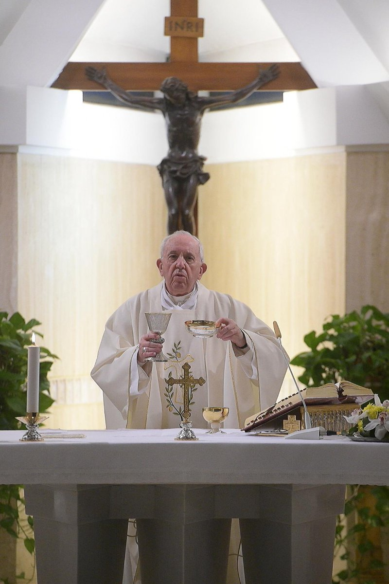 #PopeFrancis celebrates Mass in the Casa Santa Marta on Friday, urging us to cherish those who accompany us in life. #HomilySantaMarta