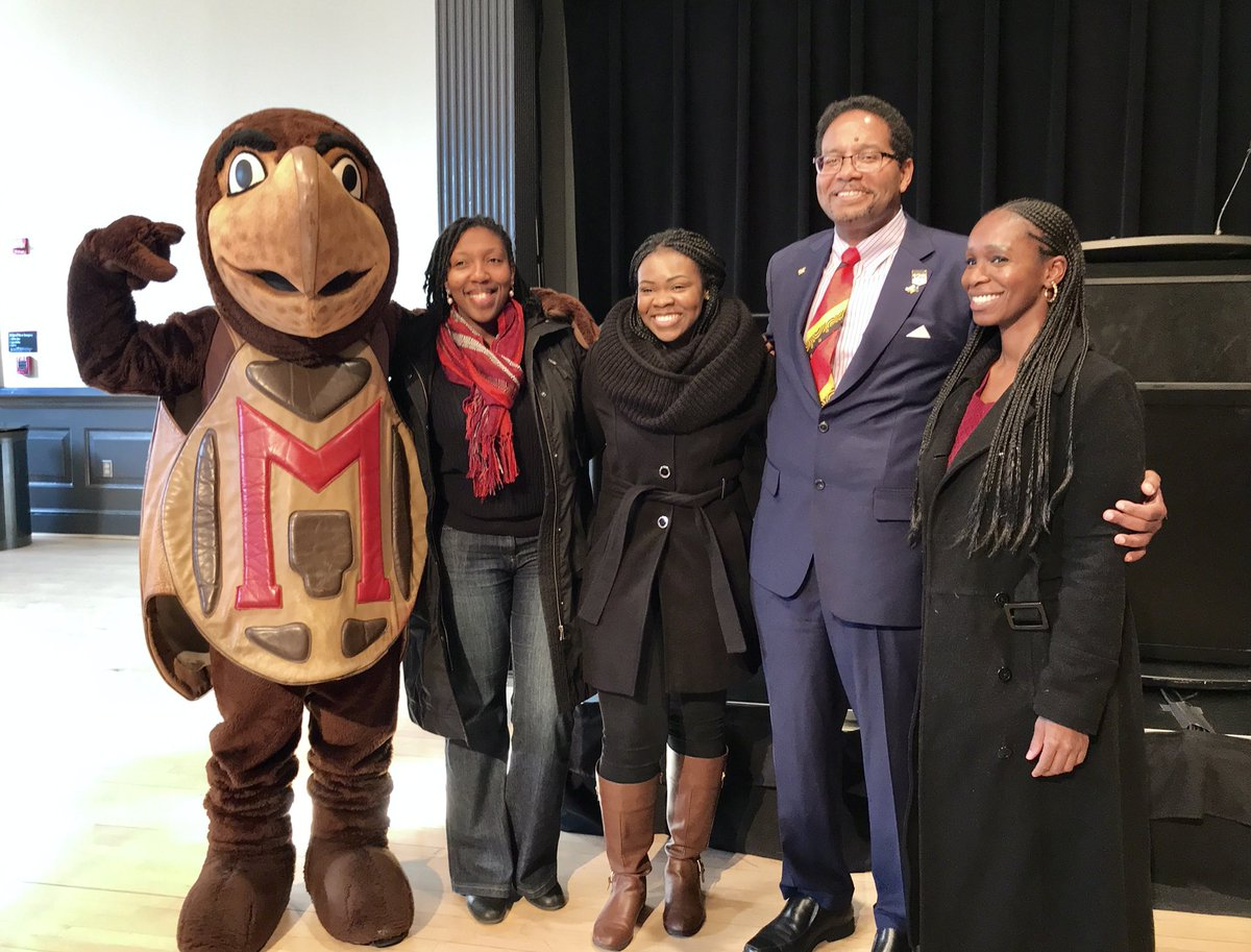 Celebrating Dr. Pines with @UMDDairy ice cream – and @Testudo_UMD! 🐢 https://t.co/5LZHQPn7MN