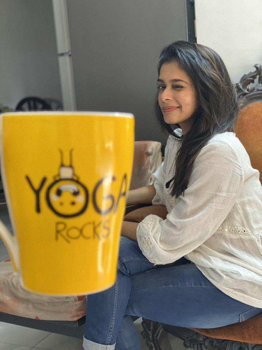 Look wat my hubby has to say abt me😉 @imKBRshanthnu  Kiki alias Yoga 😁