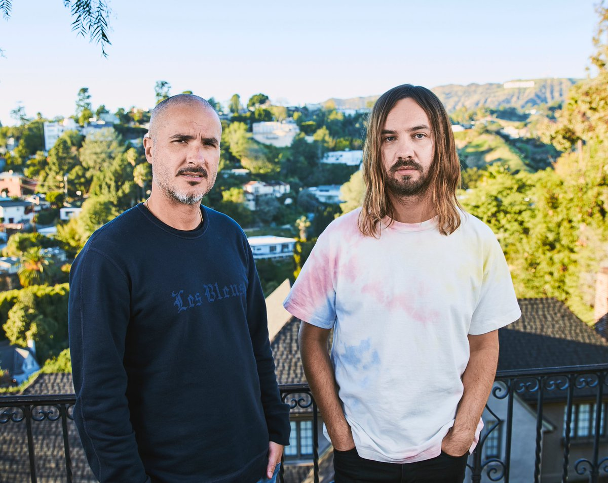 This was a great afternoon >> Tame Impala - FULL 40 min-ish film is here - Zane Lowe and Apple Music 'The Slow Rush' Interview  via @YouTube