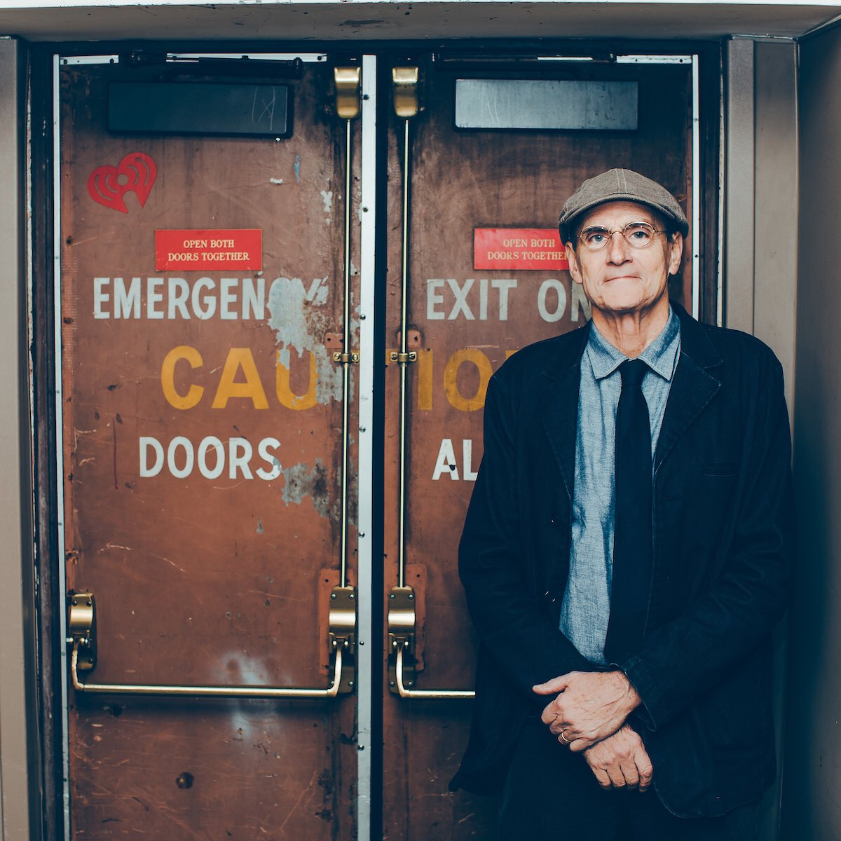 An American Icon 🌟 The legendary James Taylor is taking the stage inside our @iHeartTheaterNY tonight to perform some of his classic hits and songs from his new album #AmericanStandard 🎶  WATCH LIVE AT 7PM ET / 4PM PT at:    #iHeartJamesTaylor