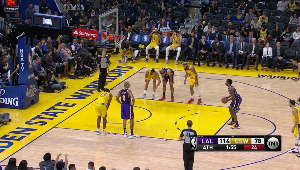 Kobe chants broke out at Chase Center 🙏