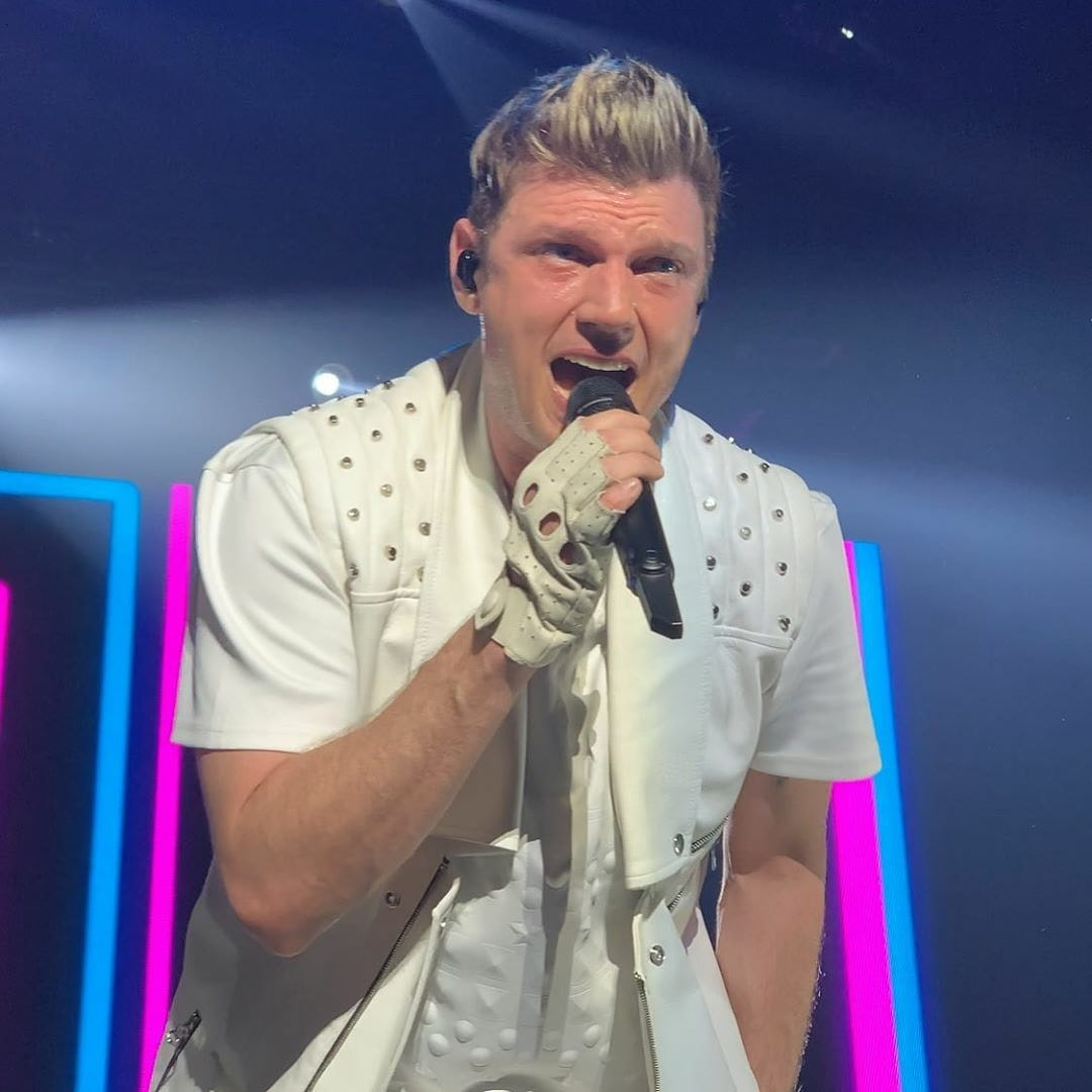 I love this picture of @nickcarter from DNA World Tour Mexico. He looks so handsome ❤😘  credit: @analy_ttrell
