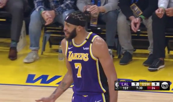 JaVale, you can't do that 😅