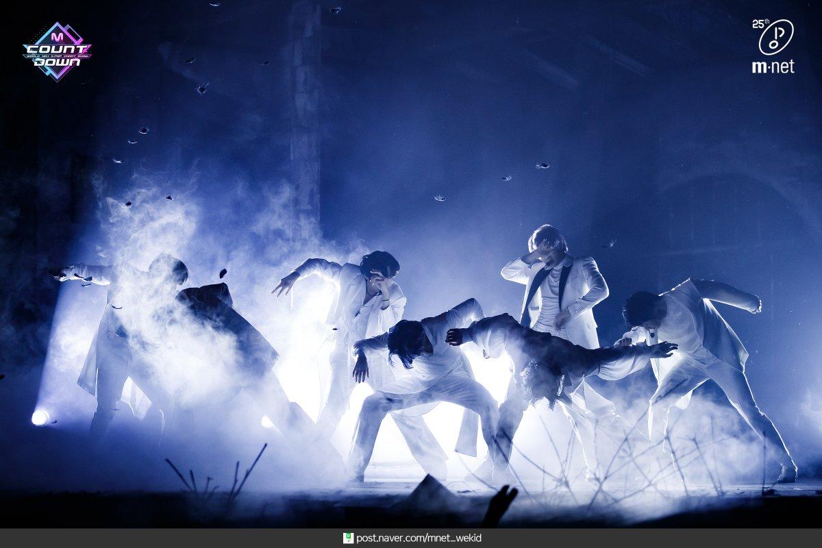 200227 #MCOUNTDOWN 현장포토 #방탄소년단(#BTS) - #Black_Swan ♬  📸 More Photos
