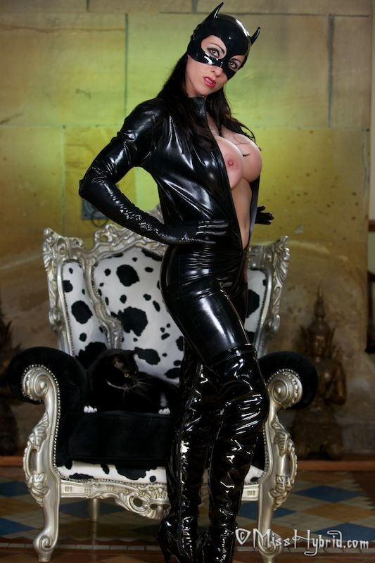 #FriskyFriday Miss Hybrid @misshybrid purrfect in sexy catsuit and thigh high boots #sexy #busty #leather #latex #mistress 😍😍😍