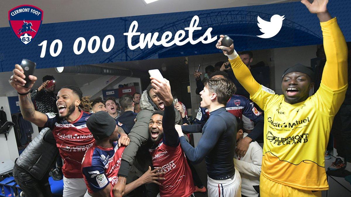 La #TeamCF63, le club fête ses 10 000 tweets ! 🎉🍾🔴🔵  Pour célébrer ça on vous propose: 👉Cette magnifique 📷 de nos joueurs connectés 📱🙃😂 👉Un concours pour gagner le maillot porté et dédicacé par A. Grbic ce soir à Nancy !  Follow, RT et fais nous un 🖐️ avec #10kTweetCF63