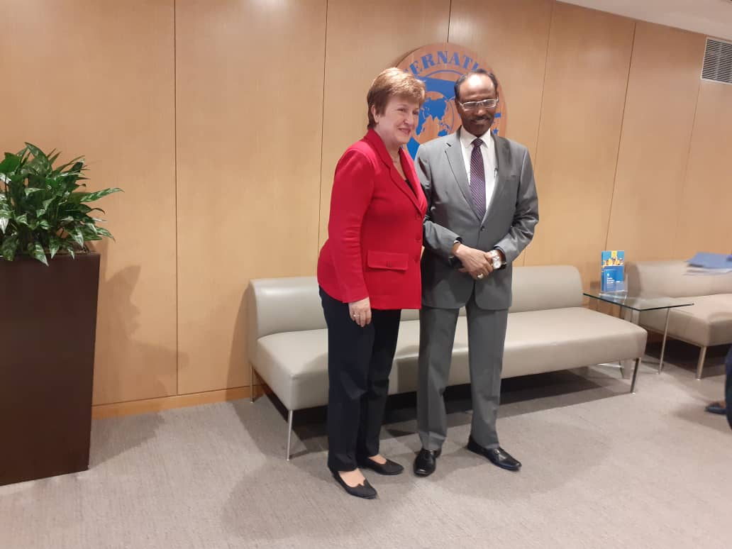 I had fruitful discussions with IMF MD @KGeorgieva in #WashingtonDC today. I thanked her for her leadership & members commitment to ensuring #Somalia normalises relations with the Fund. I informed the MD of our government's commitment to sustaining economic reforms to progress.
