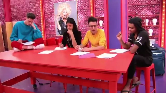 Jackie Cox about to drop the hottest verse of 2020...and that's on Peter Brady 🔥🎤 #DragRace