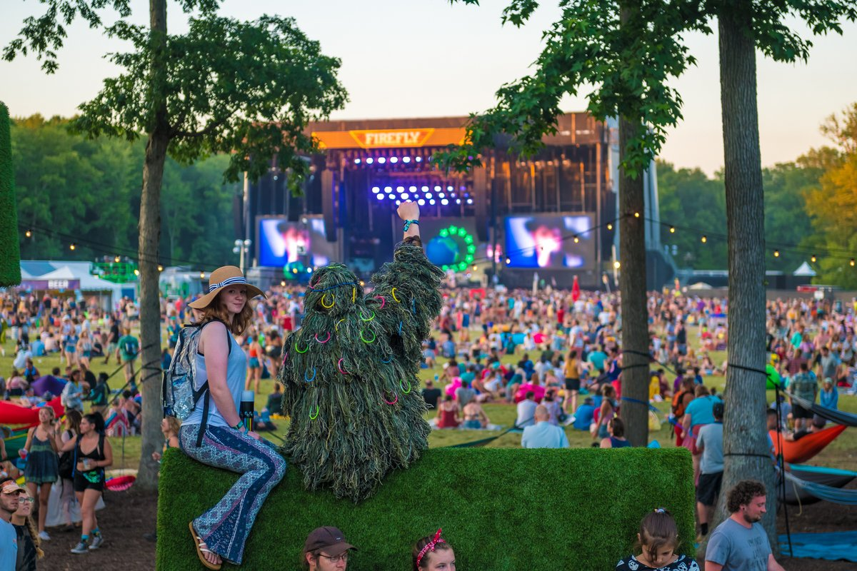 Who put glow sticks on that bush? 😉We can't wait to see what creative outfits you come up with this year!