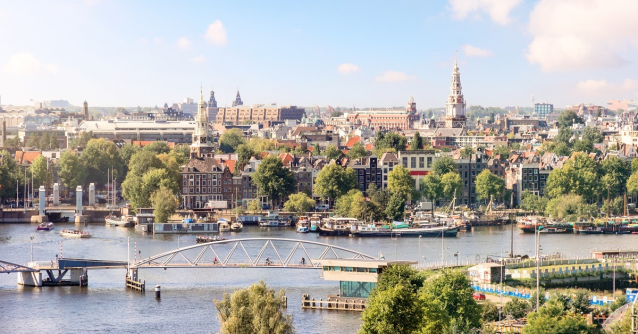 Oracle and Microsoft bring enterprise #cloud interoperability to European customers. The new #Amsterdam interconnect will enable businesses to share data across apps running in Microsoft @Azure and @OracleCloud. #OOWLON via @TTintheCloud