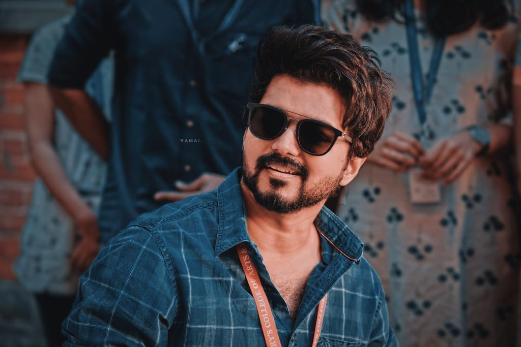 Follow And Support 😎💪🔥  @Vijay45686494   Die Hard Thalapathy Fan 💯Follow Back  Active Thalapathian 👌  #Master