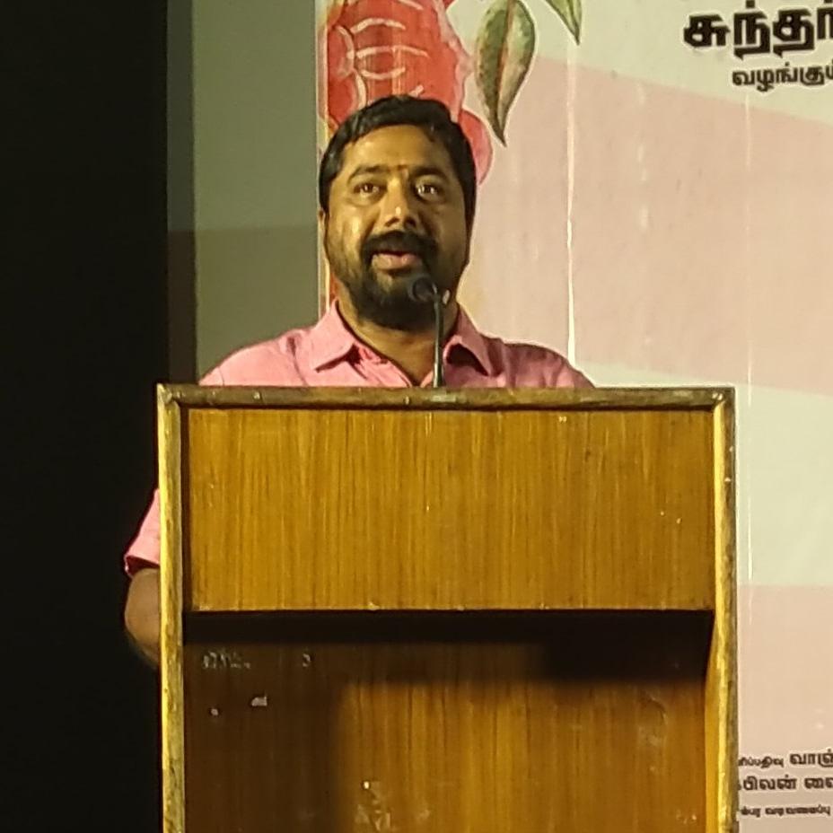 #RockfortEntertainment #TMuruganandham says that he will screen @hiphoptamizha 's next film in 1000 screens at #NaanSirithaalSuccessMeet   #NaanSirithaal @hiphoptamizha @Ishmenon @the_raana @thinkmusicindia @Rockfortent @khushsundar