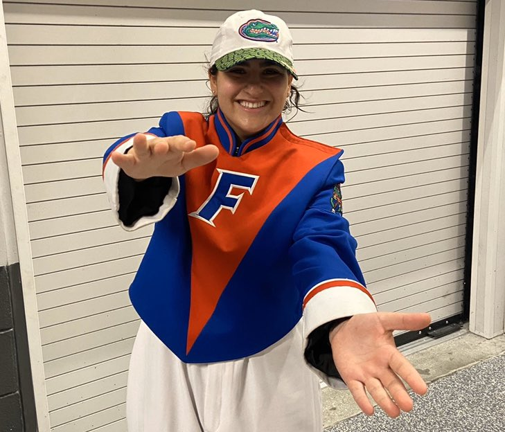 RT @LilaGreenberg_: It's Great to be a Florida Gator! 🧡💙🐊 #GatorDay https://t.co/StiWMydc4H