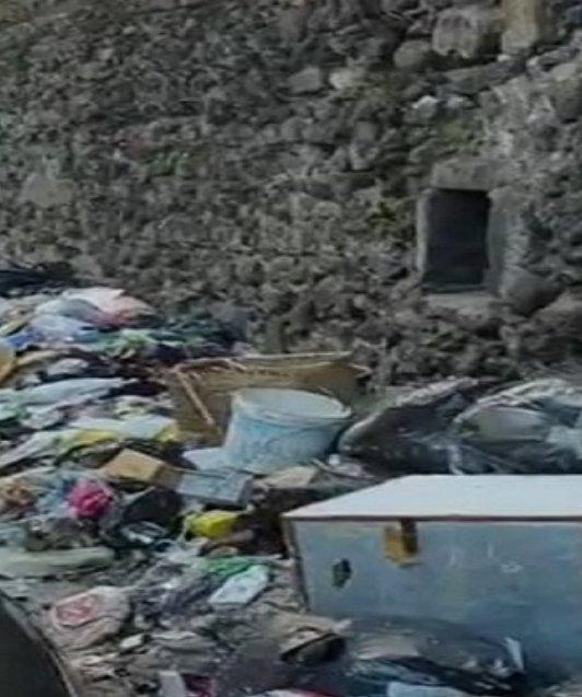 test Twitter Media - https://t.co/Eg2HoIsh75 #francescoemilioborrelli denuncia la situazione di #ercolano nei pressi del #scavidiercolano  #degrado #19febbraio #19febbraio2020 #Napoli #Campania #spazzatura #inciviltà #Zon #NapoliZON #Cultura https://t.co/lYIjkUG5ML