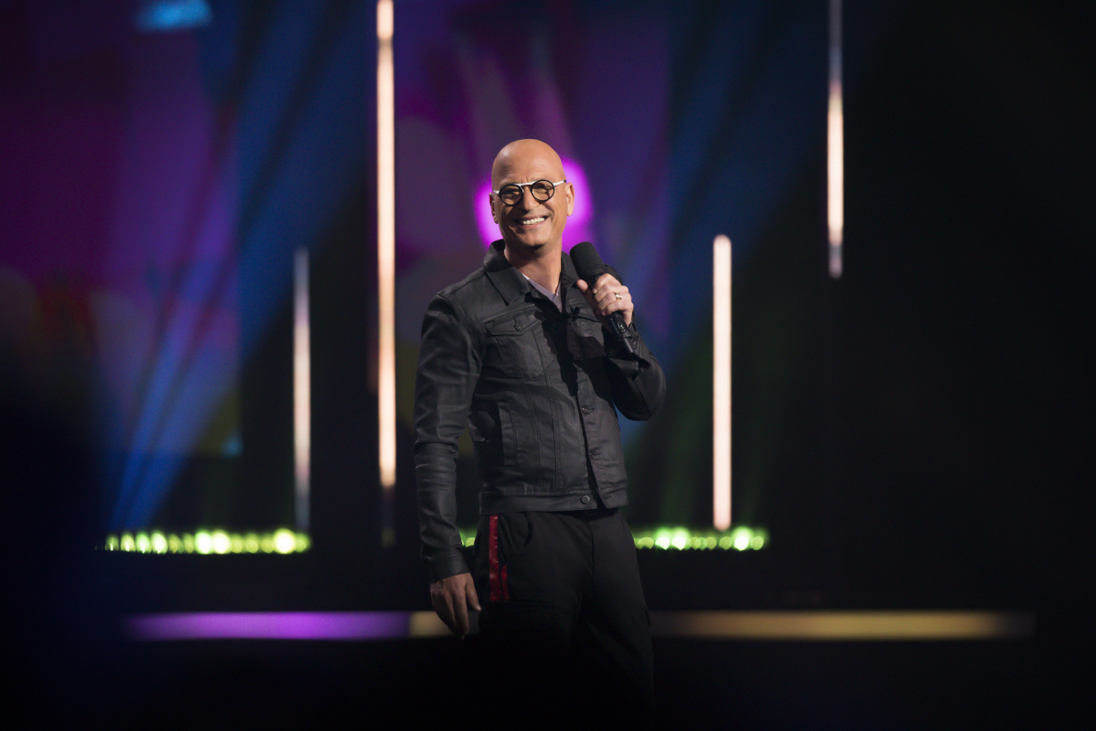 Catch the all-star comedy event of the year hosted by @howiemandel TONIGHT at 8/7c on The CW!