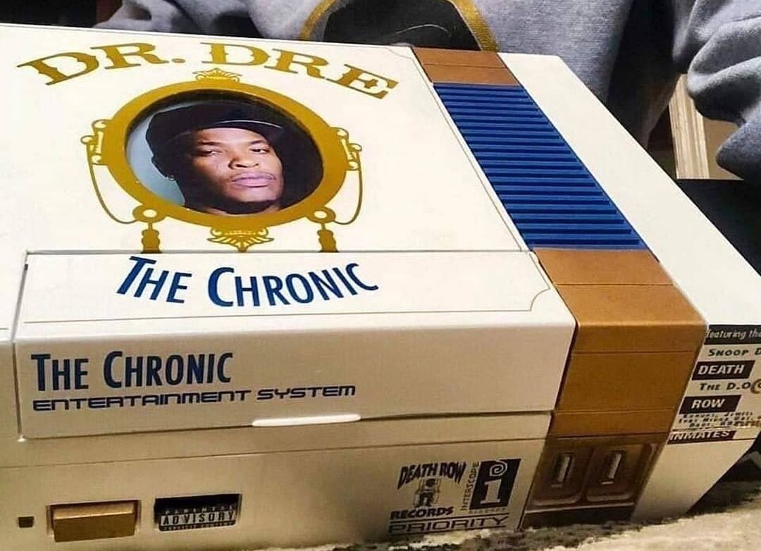 🅲🆄🆂🆃🅾🅼 🆂🆈🆂🆃🅴🅼 🅾🅵 🆃🅷🅴 🅳🅰🆈   #WedNESday  Warning Explicit Content! A rare theme my friends! The Chronic is the best album Dr. Dre produced imo. Laid back but still a G! 😎 this #NES is....... for the culture. #nintendo #retrogaming (found here: Bobby Roast Beef)