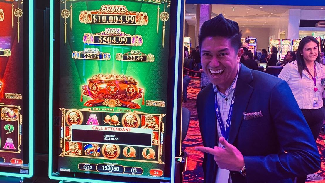 Happy Grand Opening to @DDCWestValley! 🎉 🍾 This brand new destination is home to 5 restaurants, 84 table games, live bingo, & 1,100+ slots, including Ba Fang Jin Bao, which hit the very first jackpot 🤩  #congrats #slots #jackpot #SYNKROS