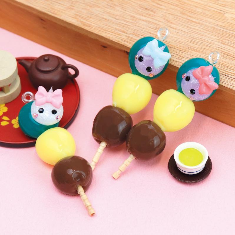 test ツイッターメディア - #サン宝石フェア in愛媛 ご当地ほっぺちゃん3つめ!  愛媛県の銘菓、坊っちゃん団子とほっぺちゃんがコラボ🍵 一口サイズの三色団子…かわいい。 ほっぺちゃん…かわいい。 かわいい2つを合わせてみたら相性が抜群すぎでした☺️ なんだかもちもちして美味しそうです!  #食べられません #エミフルMASAKI https://t.co/zk5vlB4cGC