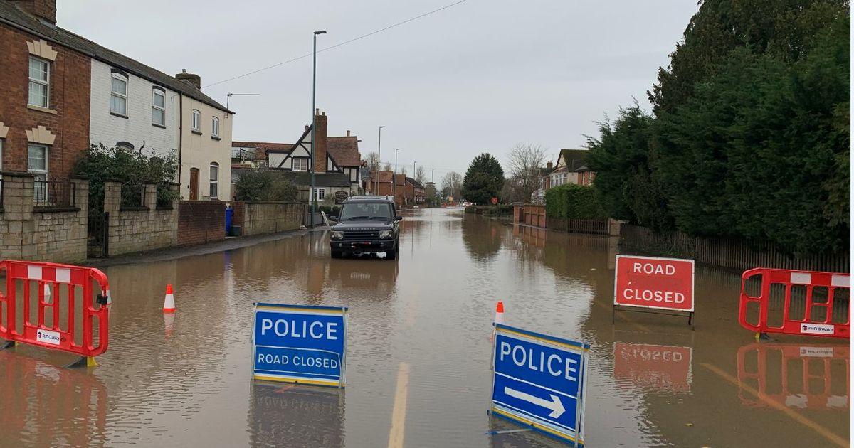 Flooded roads will still be shut when schools go back next week  👉  #Floods #Gloucestershire #roadclosures #backtoschool #ThursdayThoughts