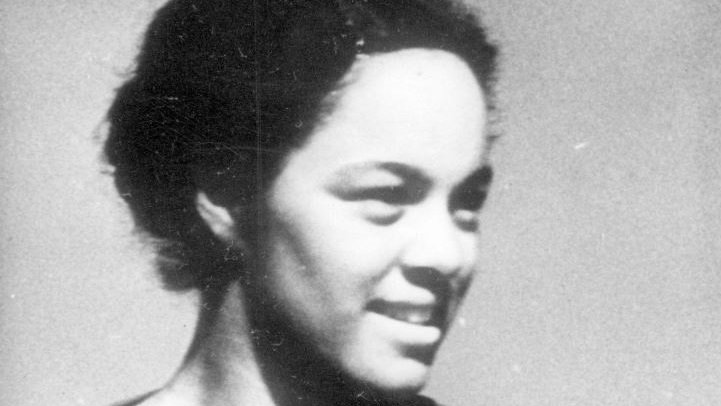 An #athlete & a #teacher. This was Barbara Howard. She was one of 🇨🇦's fastest sprinters and sped towards progress when she became the 1st member of a visible minority group hired by the Vancouver School Board in 1941. #BlackHistoryMonth