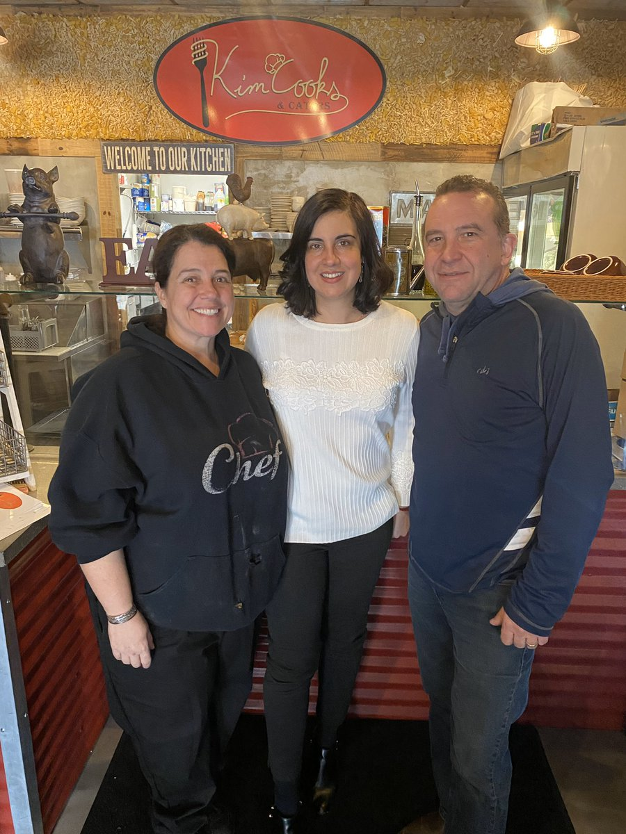 I finally checked out 'Kim Cooks' a few blocks away from my office. Great food. You must try the butter cake! Delicious! #StatenIsland