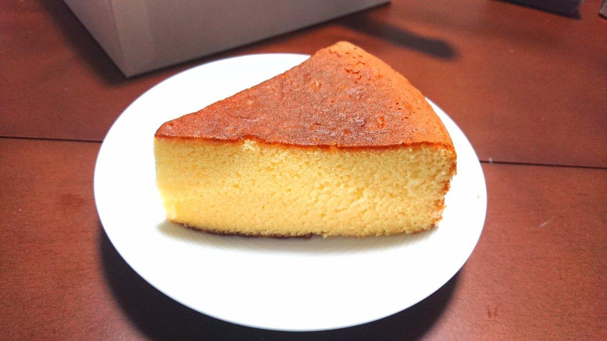 test ツイッターメディア - TrySailの雨宮天さんが、バターケーキ舞台挨拶でオススメしていた広島長崎堂のバターケーキ。カステラのような甘さと、しっとりかつふんわりな食感。さらに、口いっぱいにバターの風味が広がって非常に美味。 https://t.co/UMppBpNPEM
