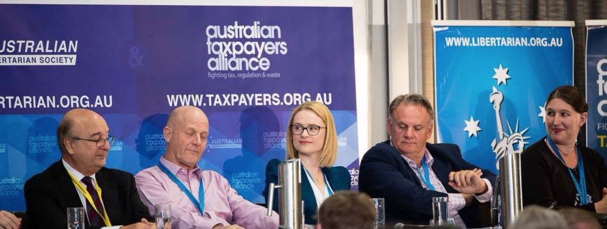 @vanOnselenP Bettina is linked to the INCESTUOUS #OZLibertarianMovement along with Mark Latham plus more.   Many of the same people attended last years #CPAC conference. (I've compiled a list re #CPAC, dm me if interested).  *Images from the Friedman conference in Sydney 2018.   🔴#Auspol