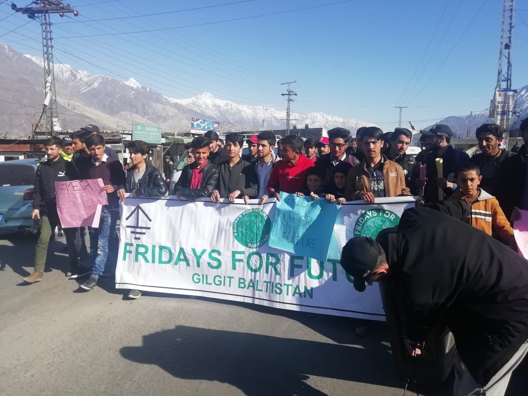 In Gilgit City today! Energetic youth came out for everyone's future! Demanding Climate Action. @GretaThunberg @Fridays4future