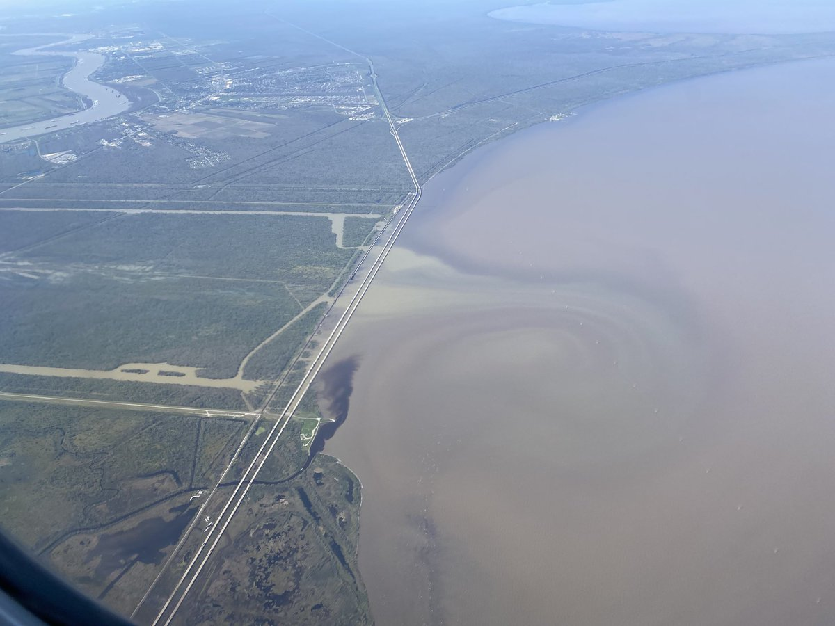 Look. At. This. Sediment plume.   Off the Bonnet Carre Spillway. 👀 #WindowSeat