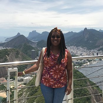 Esther Nailah Hills '18 is helping people with their adventures around the world as a travel agent. #BlackExcellence https://t.co/JSgGdITXdG
