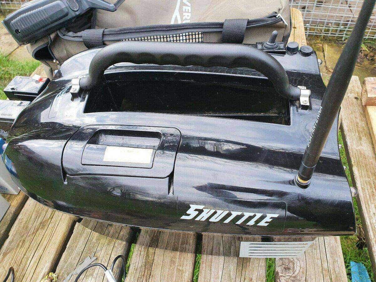 Ad - Waverunner Shuttle Bait Boat On eBay here -->> https://t.co/IgQy42Ljnf  #carpfishing #bai