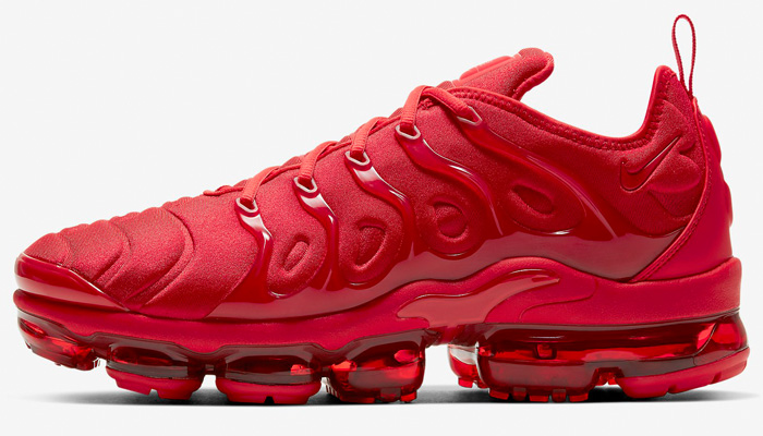 You can SAVE $40 on the 'University Red' Nike Air VaporMax Plus at $160 + FREE shipping!  BUY HERE ->  (promotion - use code DEAL20 at checkout)  👉 FLX members get FREE shipping - free to join: