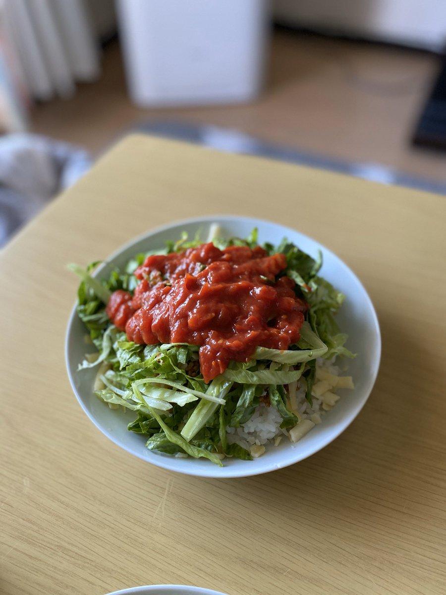test ツイッターメディア - 沖縄で食べたキンタコが忘れられず、カルディでレトルトタコライス買ったものの美味しく無かったから自分で作ってみたらすごい美味しく出来た👏 なんでもっと早く作らなかったんだろうか〜〜 https://t.co/vwhEJWeELI