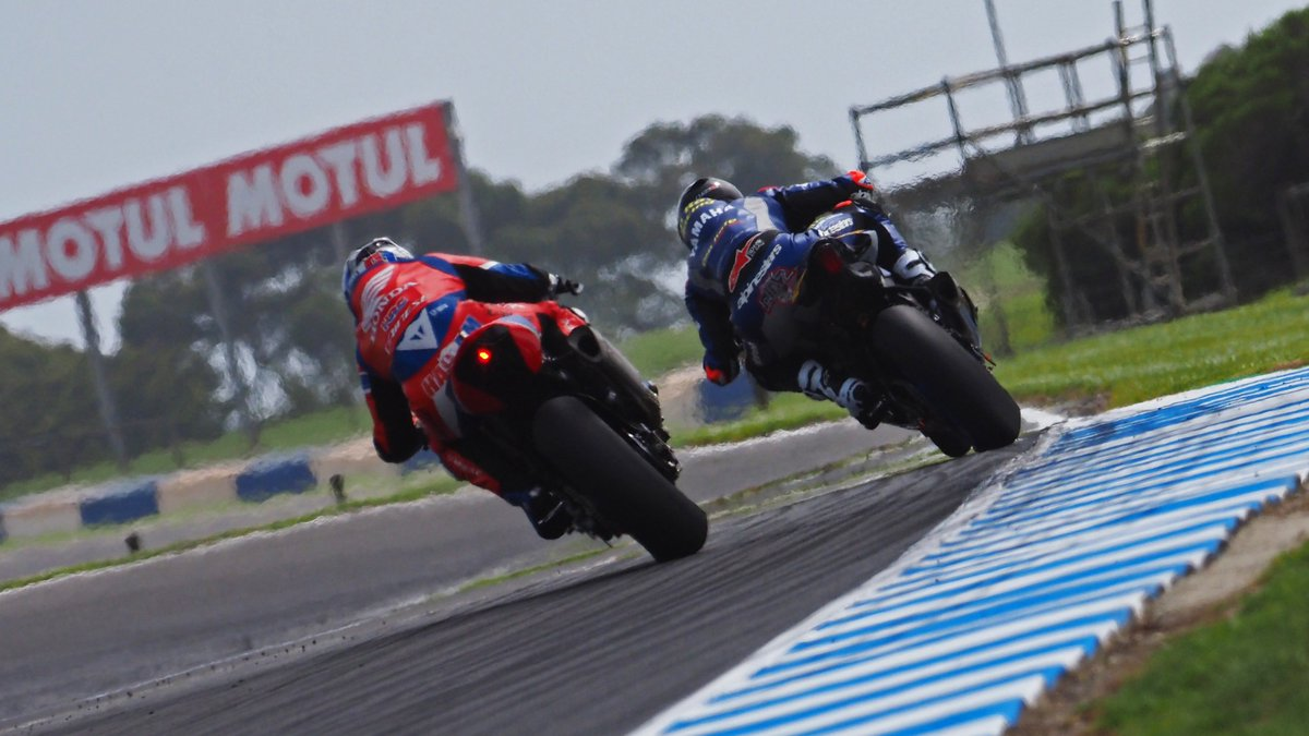 test Twitter Media - 🇦🇺Phillip Island Official Test sees five manufacturers at the sharp end…✊🏻  All covered by less than half-a-second, it is a five-way fight at Phillip Island as the Official Test fires up  📃| #WorldSBK https://t.co/k0smX7So6C https://t.co/KCiQGPgGhk