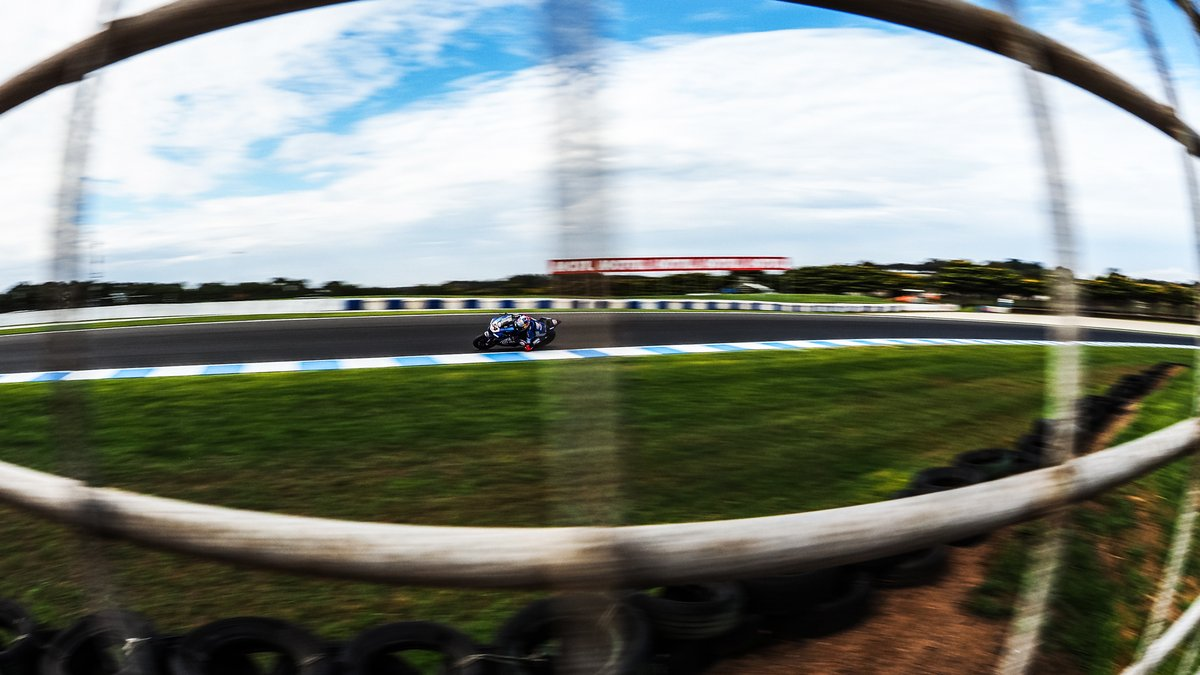 test Twitter Media - 5️⃣ manufacturers in the top 6️⃣: day one action from the WorldSBK Official Test👇🏻  💡Enjoy the HIGHLIGHTS from the first day  📹VIDEO | #WorldSBK https://t.co/wz3aTDGl7D https://t.co/dsg2zPdkne